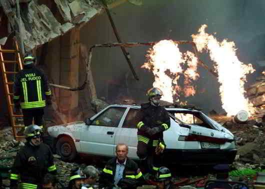 27 novembre 2001 - Via Ventotene