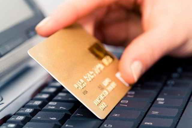 Come riconoscere una assicurazione RCA online falsa